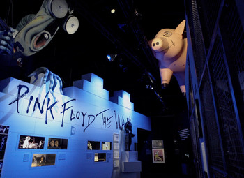 NOW OPEN: PINK FLOYD MADRID