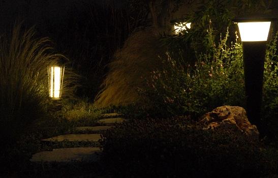 תאורה סולארית בשביל פיות