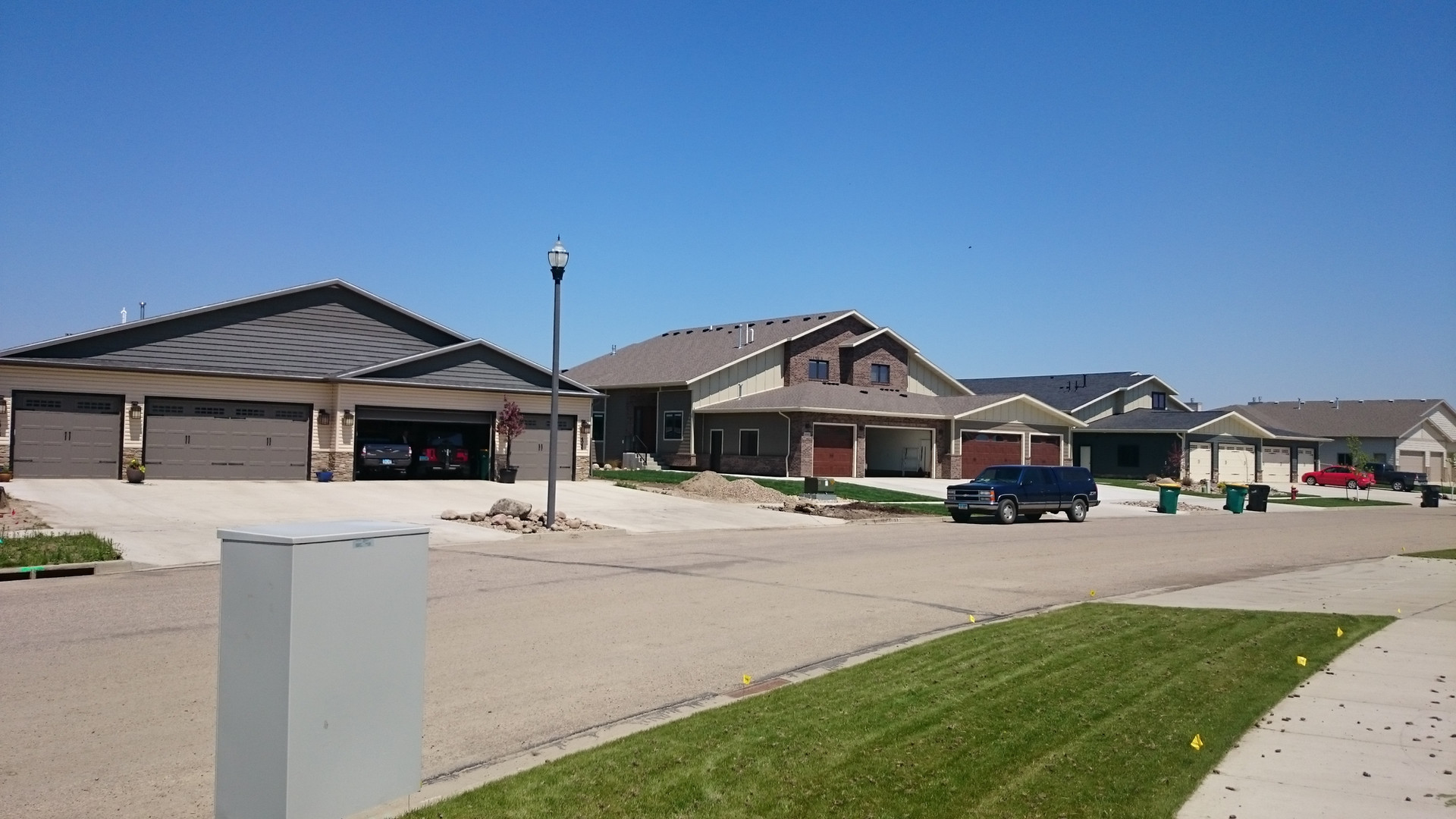 Front view of home built by Copper Ridge Design and Builders
