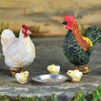 Rooster, Hen & Chicks