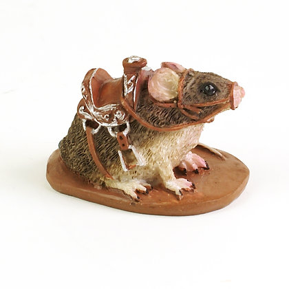 Mouse with Saddle