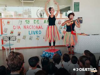 Dia Nacional do Livro Infantil - Apresentação 'As Marias'