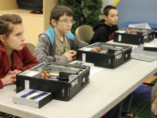 Youths learn the secrets of the hard drive