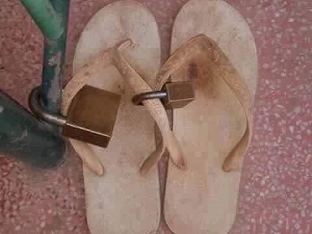 お寺の時の靴