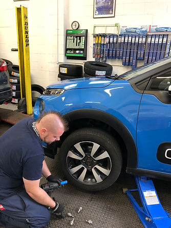 Professional Tyre fitting at Flo Tyres a