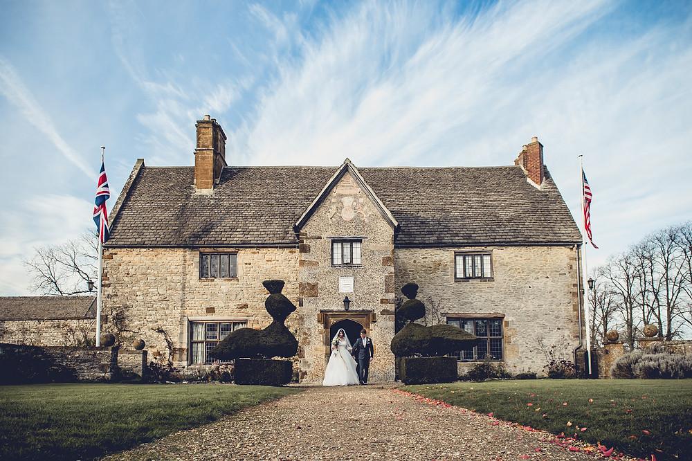 Sulgrave Manor Banbury Wedding Couple