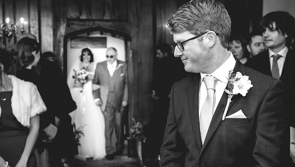 Bride enters Sulgrave Manor