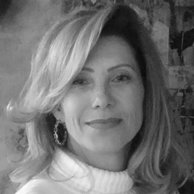 Mariana Hagel