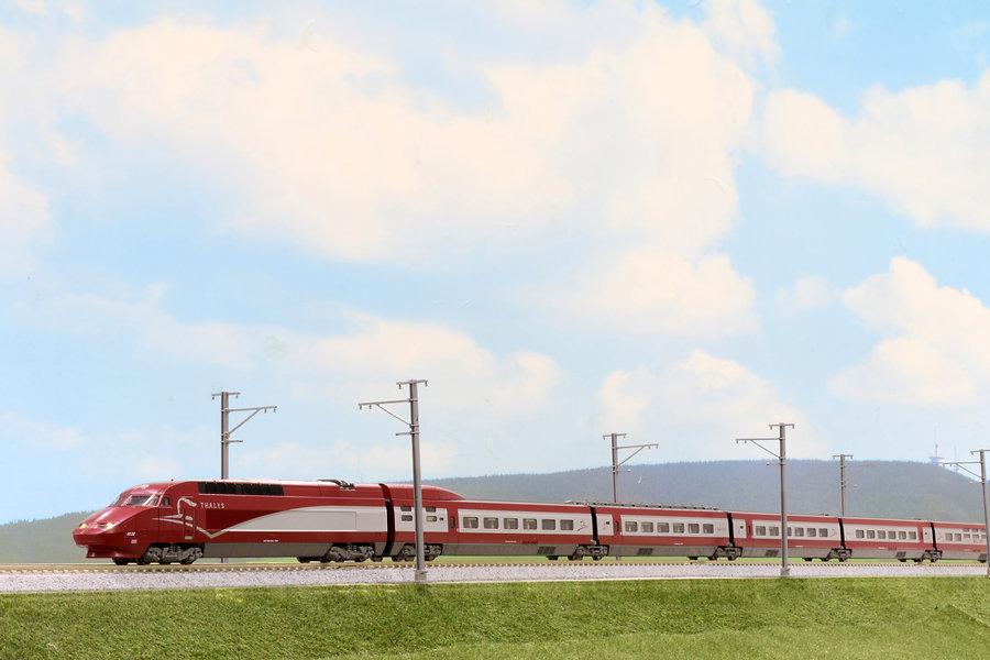 Thalys (タリス) PBA 新塗装_diorama.jpg
