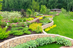 Retaining Wall and lanscaping