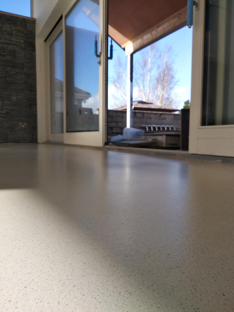 White Limestone, Dekoscreed, Seamless Resin Flooring