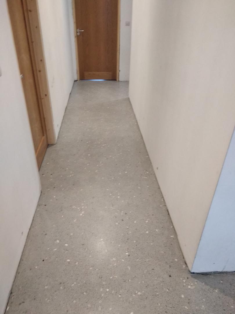 Seamless resin floor grey limestone