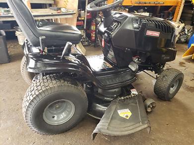 Lawnmower_Repair_Services.jpg