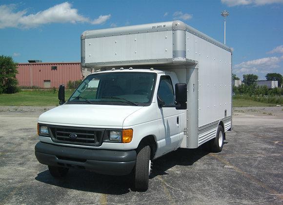 15' 2006 Ford E450 Box Truck