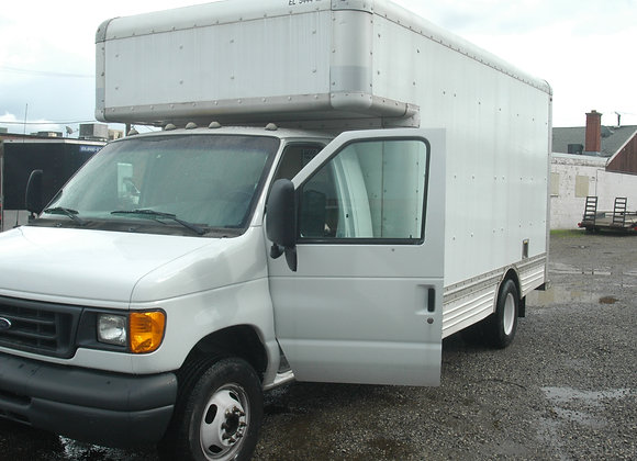 2004 e450 ford 17 footer