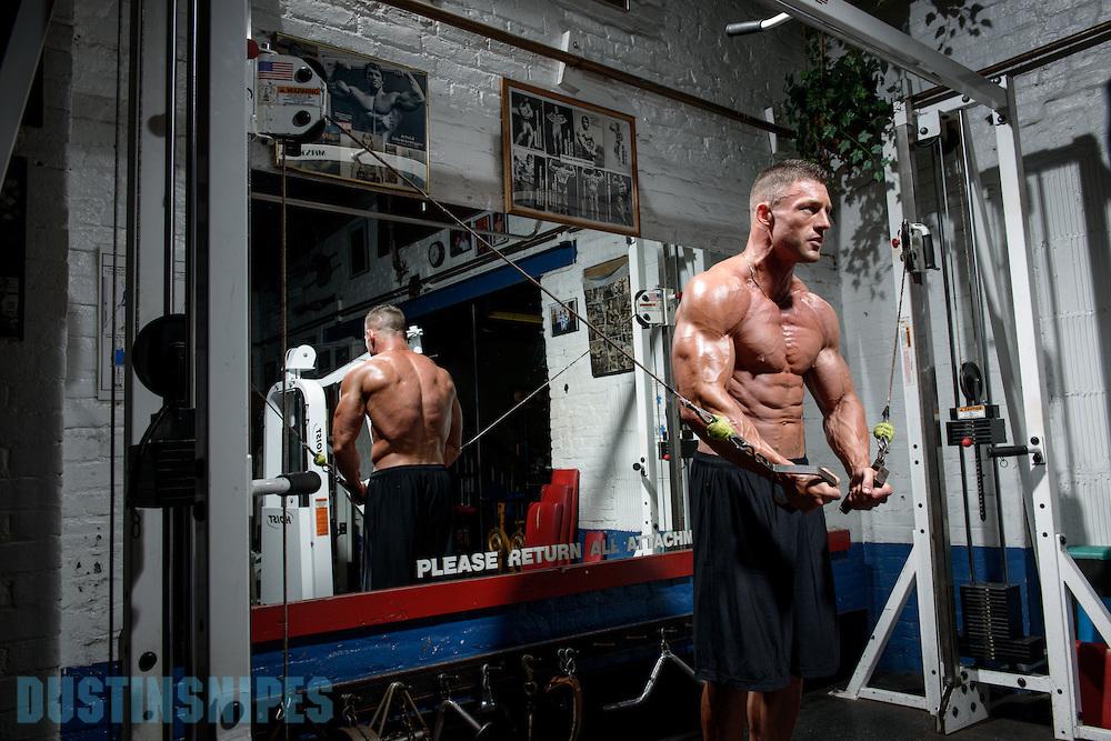 05-21-muscle-fitness-bill-sienerth-1588.jpg