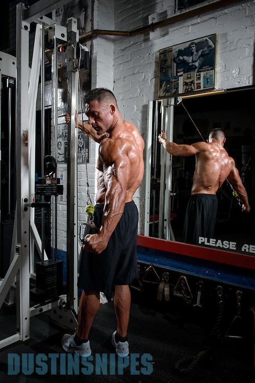 05-21-muscle-fitness-bill-sienerth-1445.jpg