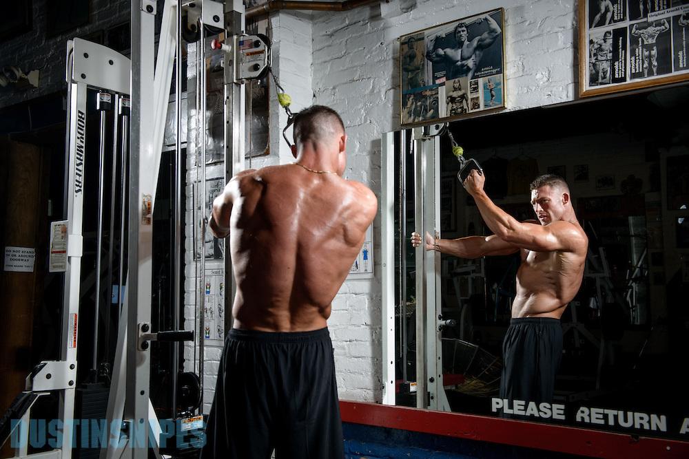 05-21-muscle-fitness-bill-sienerth-1410.jpg