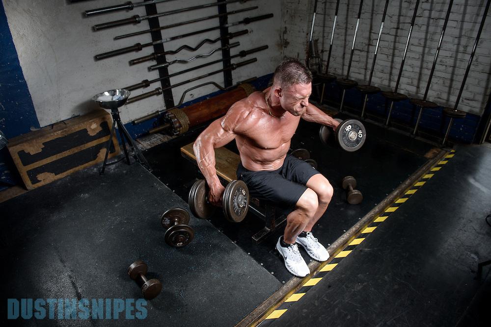 05-21-muscle-fitness-bill-sienerth-951.jpg