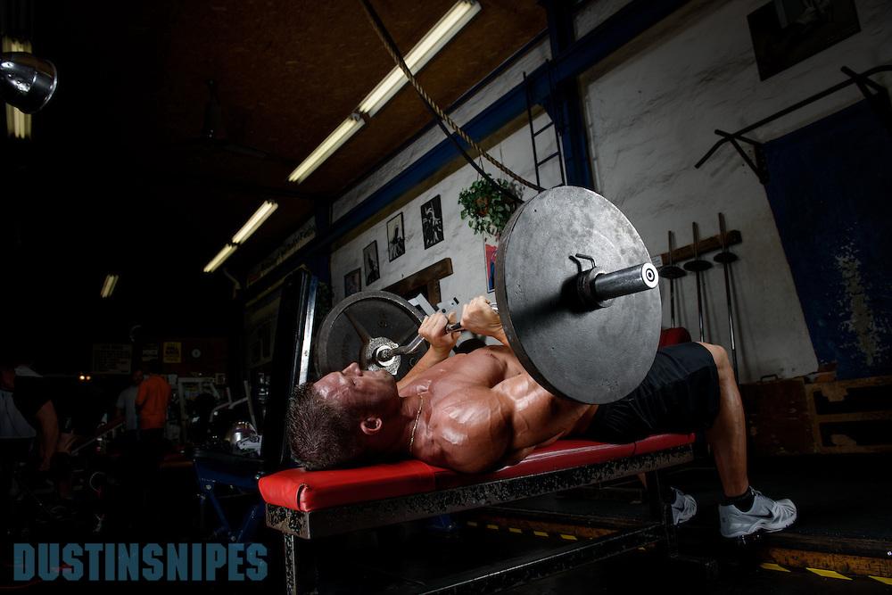 05-21-muscle-fitness-bill-sienerth-1980.jpg