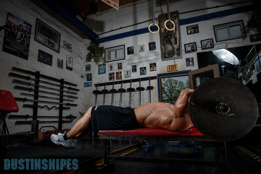 05-21-muscle-fitness-bill-sienerth-2004.jpg