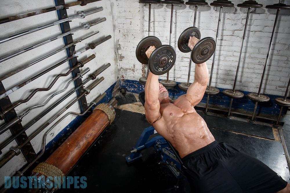 05-21-muscle-fitness-bill-sienerth-132.jpg