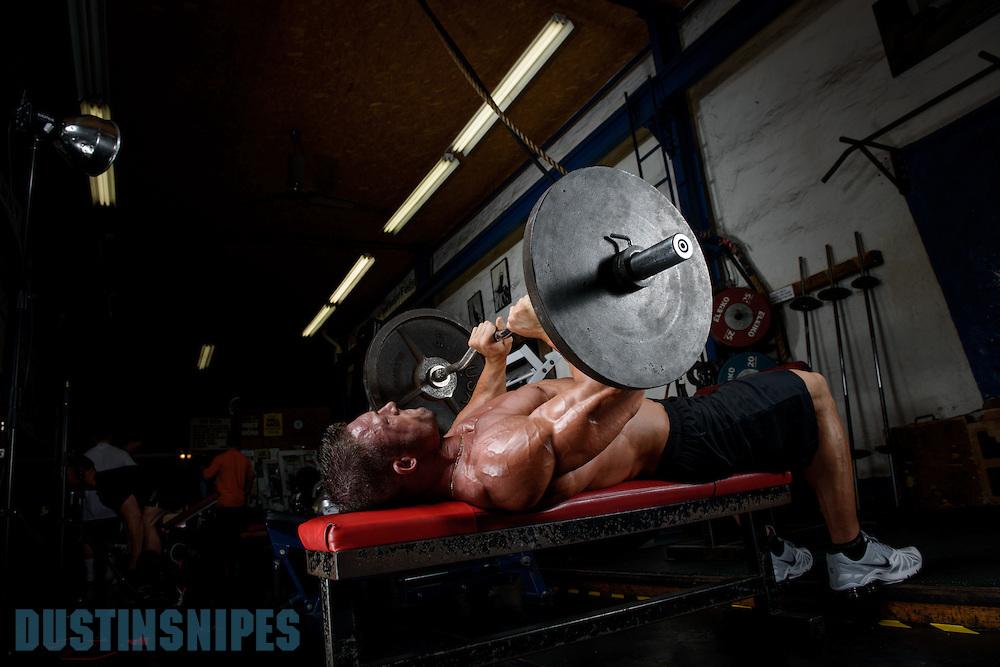 05-21-muscle-fitness-bill-sienerth-1977.jpg