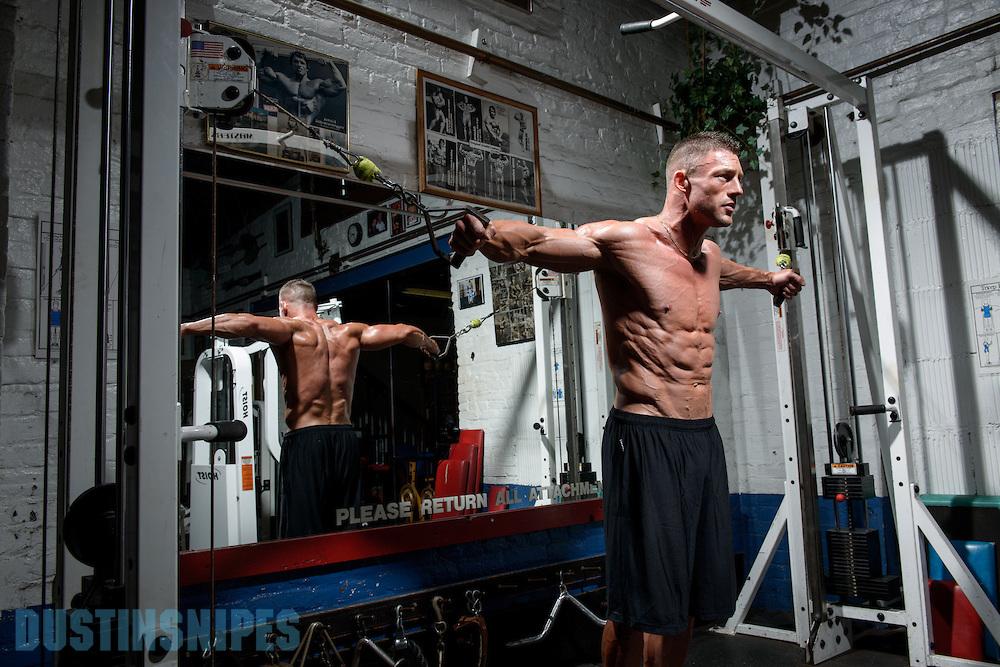 05-21-muscle-fitness-bill-sienerth-1581.jpg