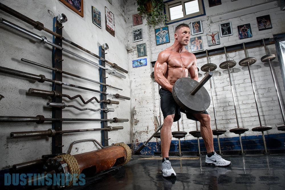 05-21-muscle-fitness-bill-sienerth-614.jpg