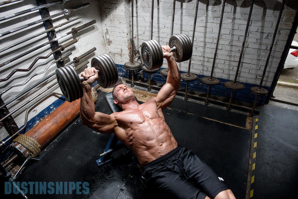 05-21-muscle-fitness-bill-sienerth-859.jpg