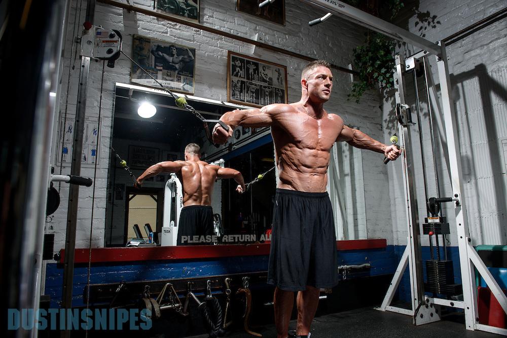 05-21-muscle-fitness-bill-sienerth-1545.jpg