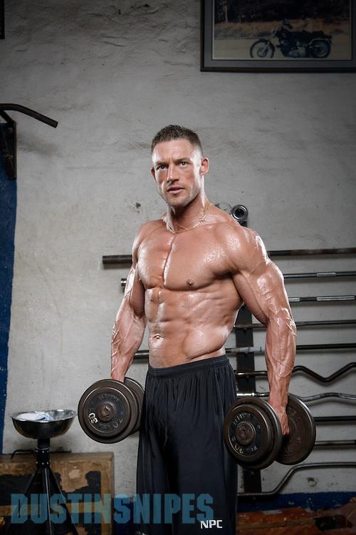 05-21-muscle-fitness-bill-sienerth-1124.jpg