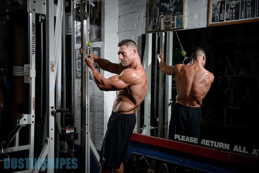 05-21-muscle-fitness-bill-sienerth-1382.jpg