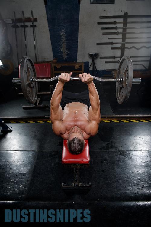05-21-muscle-fitness-bill-sienerth-1901.jpg