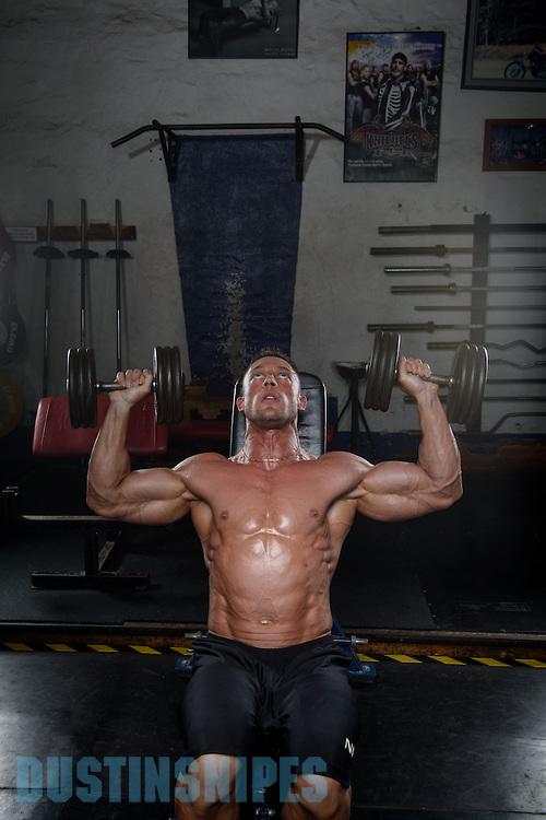 05-21-muscle-fitness-bill-sienerth-1675.jpg