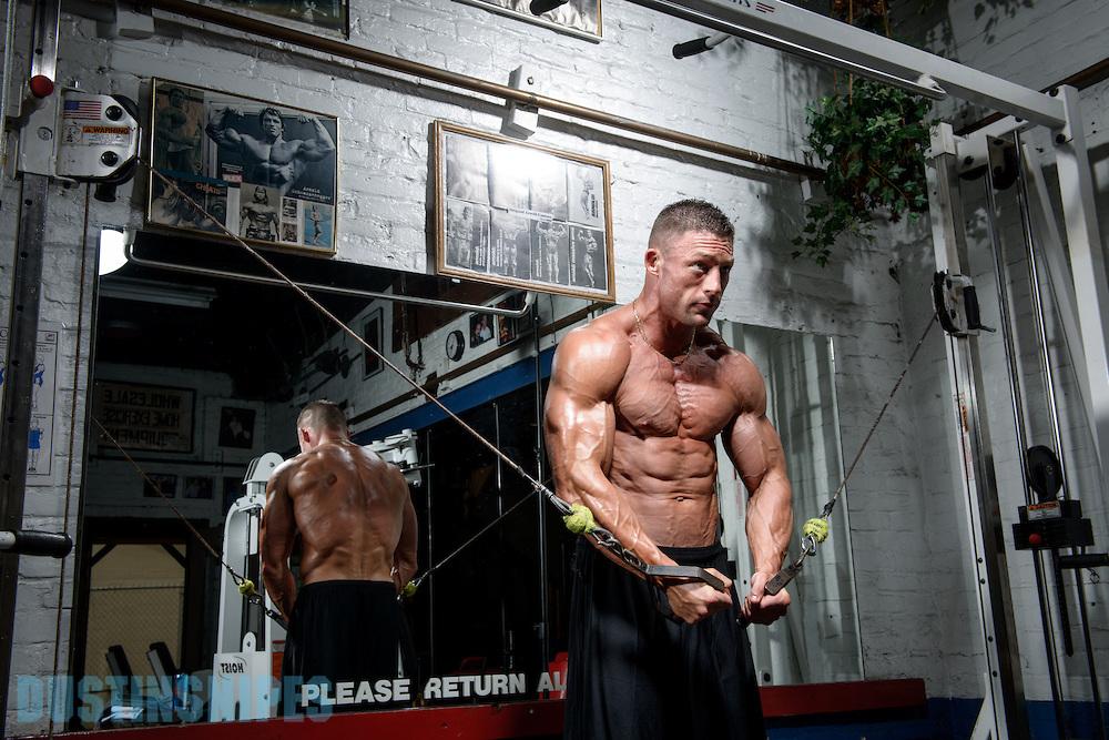 05-21-muscle-fitness-bill-sienerth-1488.jpg