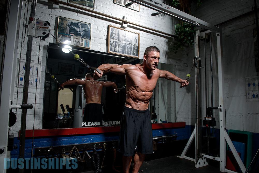 05-21-muscle-fitness-bill-sienerth-1526.jpg