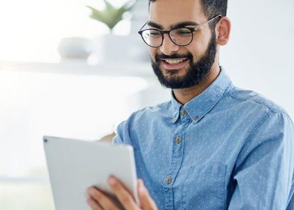 什麼是藍光眼鏡?|視康佳蔡司驗光中心|防藍光眼鏡的好處。