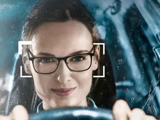 蔡司駕車鏡片DriveSafe 視康佳。眼鏡。開車
