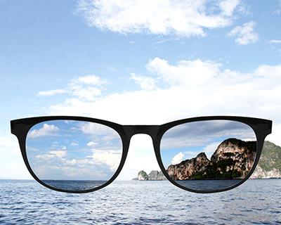 偏光片有甚麼功用? 偏光片如何原理? 蔡司優視力專家 視康佳眼鏡 驗光師 胡景夏