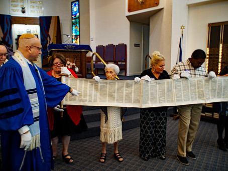 Simchat Torah Photos from Temple Beth Shalom of the West Valley, Sun City