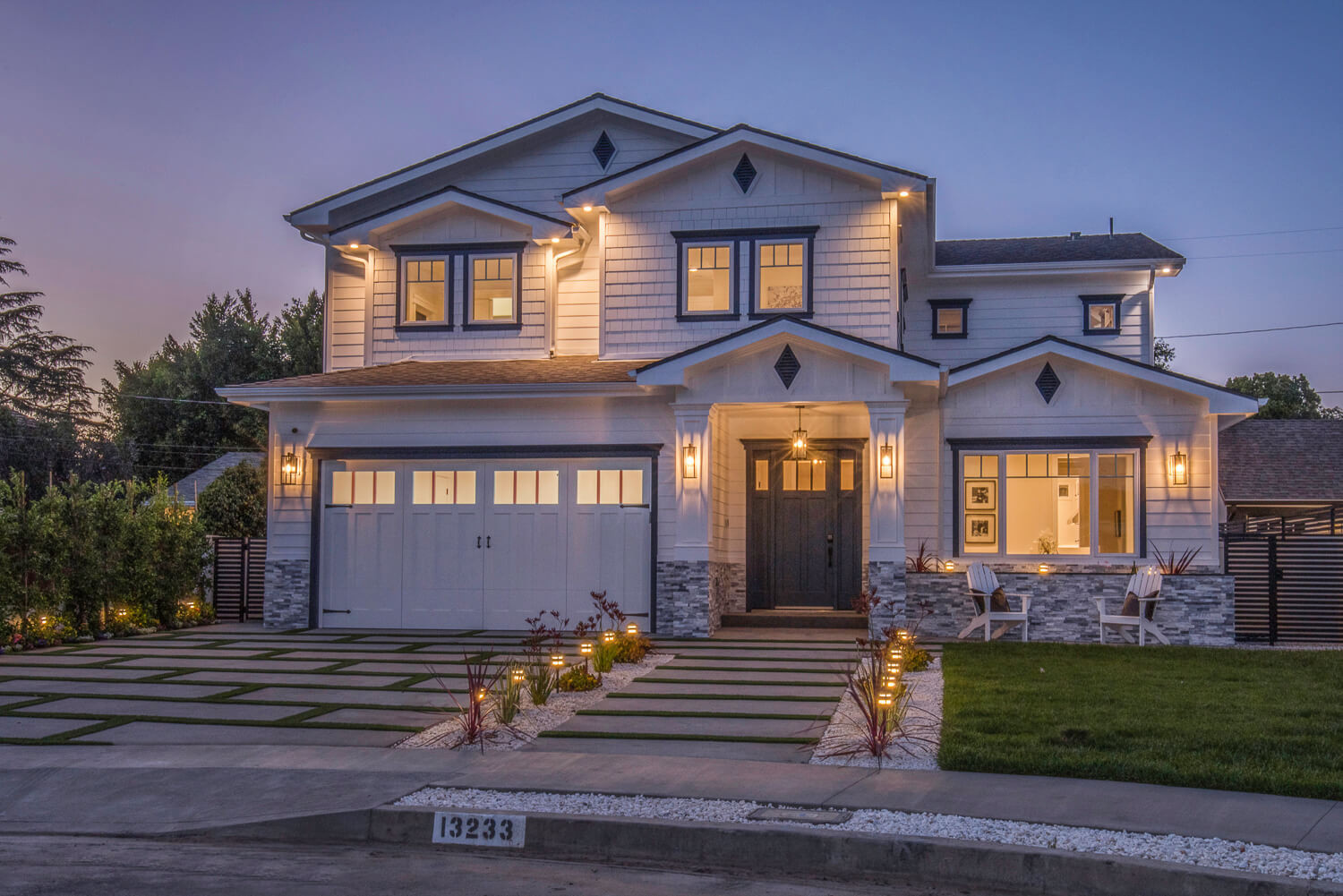 Custom Home Exterior in Los Angeles-4.jpg