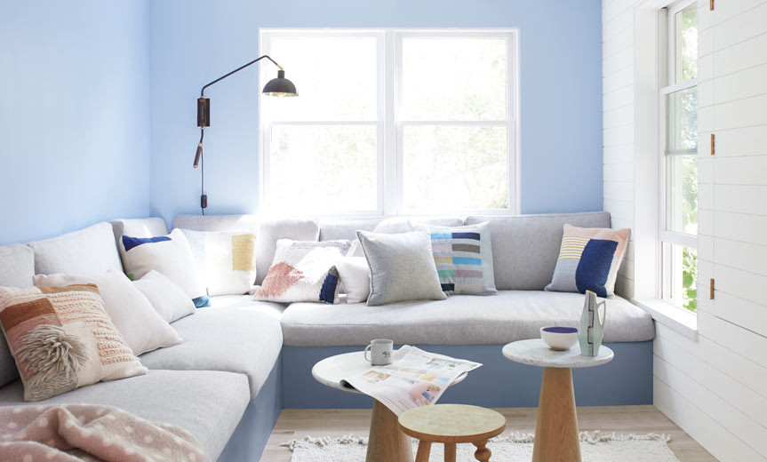 Windmill Wings paint color by Benjamin Moore