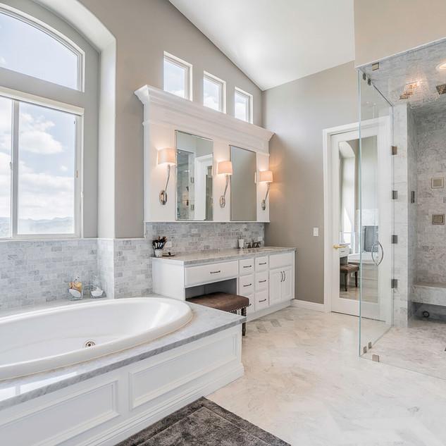 Highland Park, CA, Luxury Bathroom Remodel