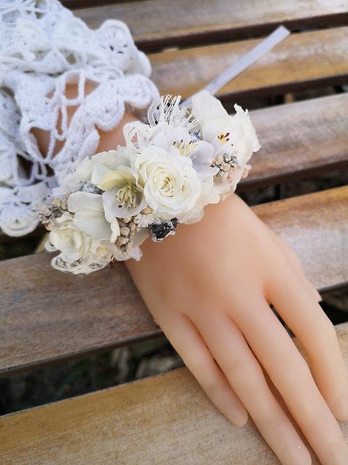 "Armband "" Dori""."