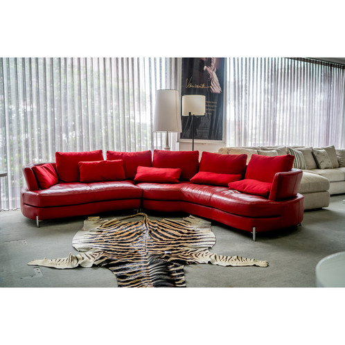 Domicile Curve Red Leather Sofa | Luxury Furniture | Indonesia | Graha  Interieur