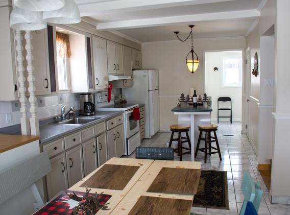A big spacious kitchen for everyone to enjoy