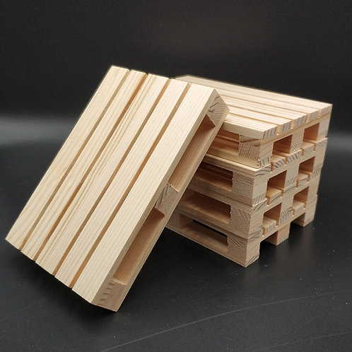 Wooden Pallet (1:12 Scale)