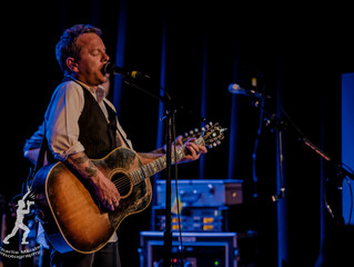 Kiefer Sutherland's Intimate Evening in Buffalo