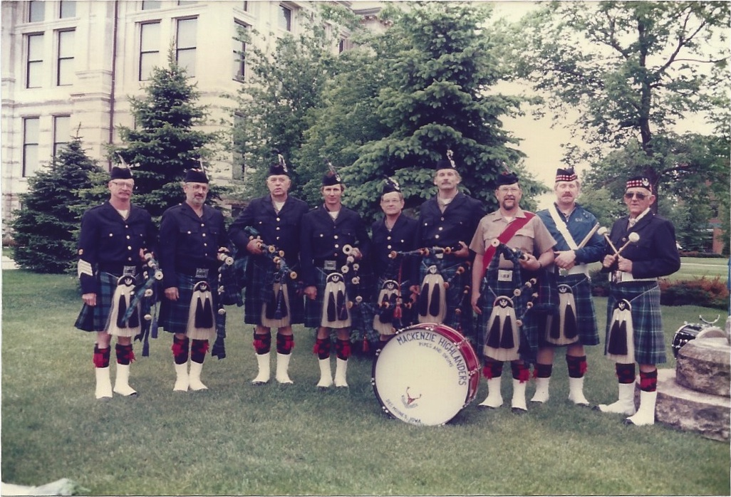 Mackenzie Pipes and Drums archives-4